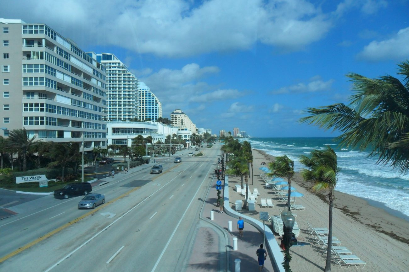 Fort_Lauderdale_Beach,_FL